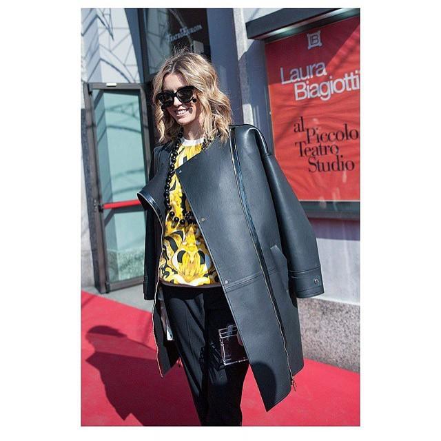 #tbs to the latest Milan fashion week. #elenabarolo #porschedesign #edwardachour…