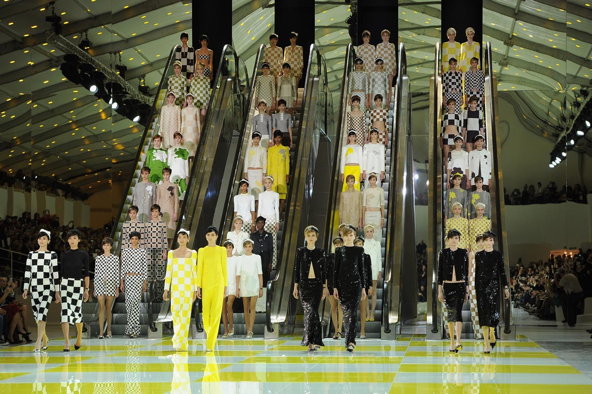 Louis Vuitton: Runway - Paris Fashion Week Womenswear Spring / Summer 2013