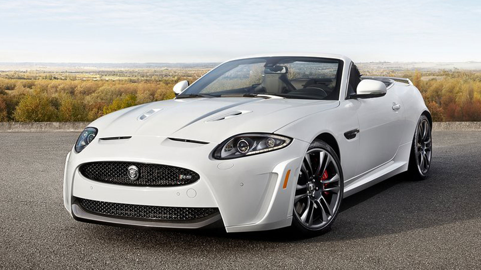 2013-Jaguar-XKR-S-Convertible-white-picture