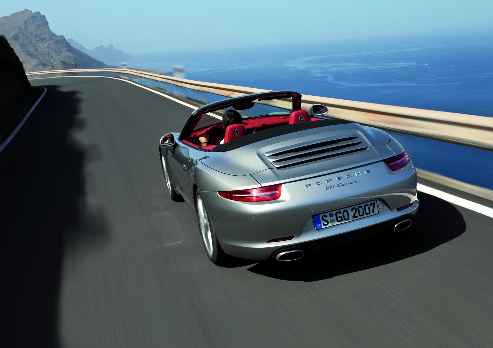 2013-Porsche-911-Cabrio-05