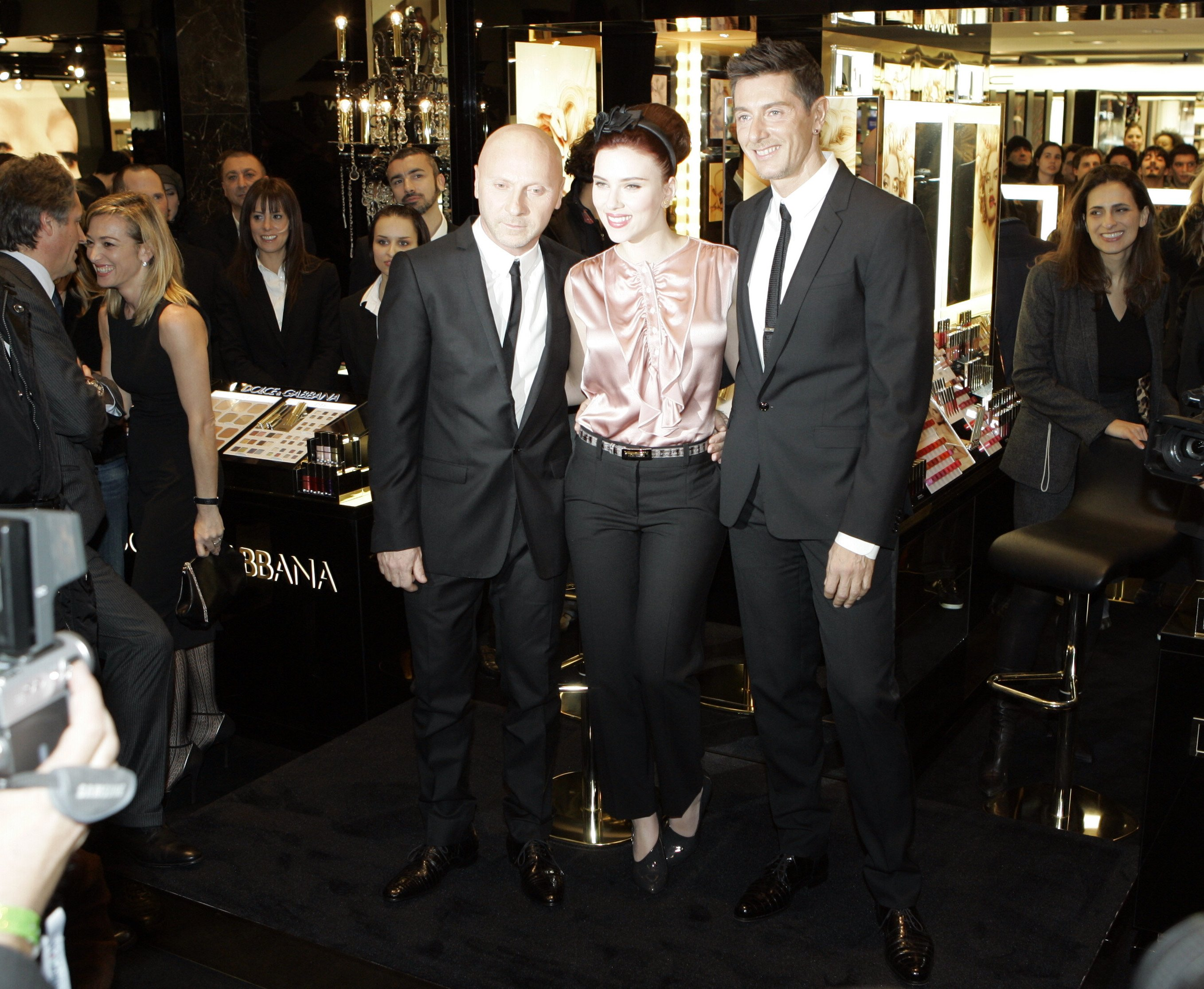 47907_Scarlett_Johansson_during_a_promotional_event_to_launch_Dolce_and_Gabbana-2_122_498lo