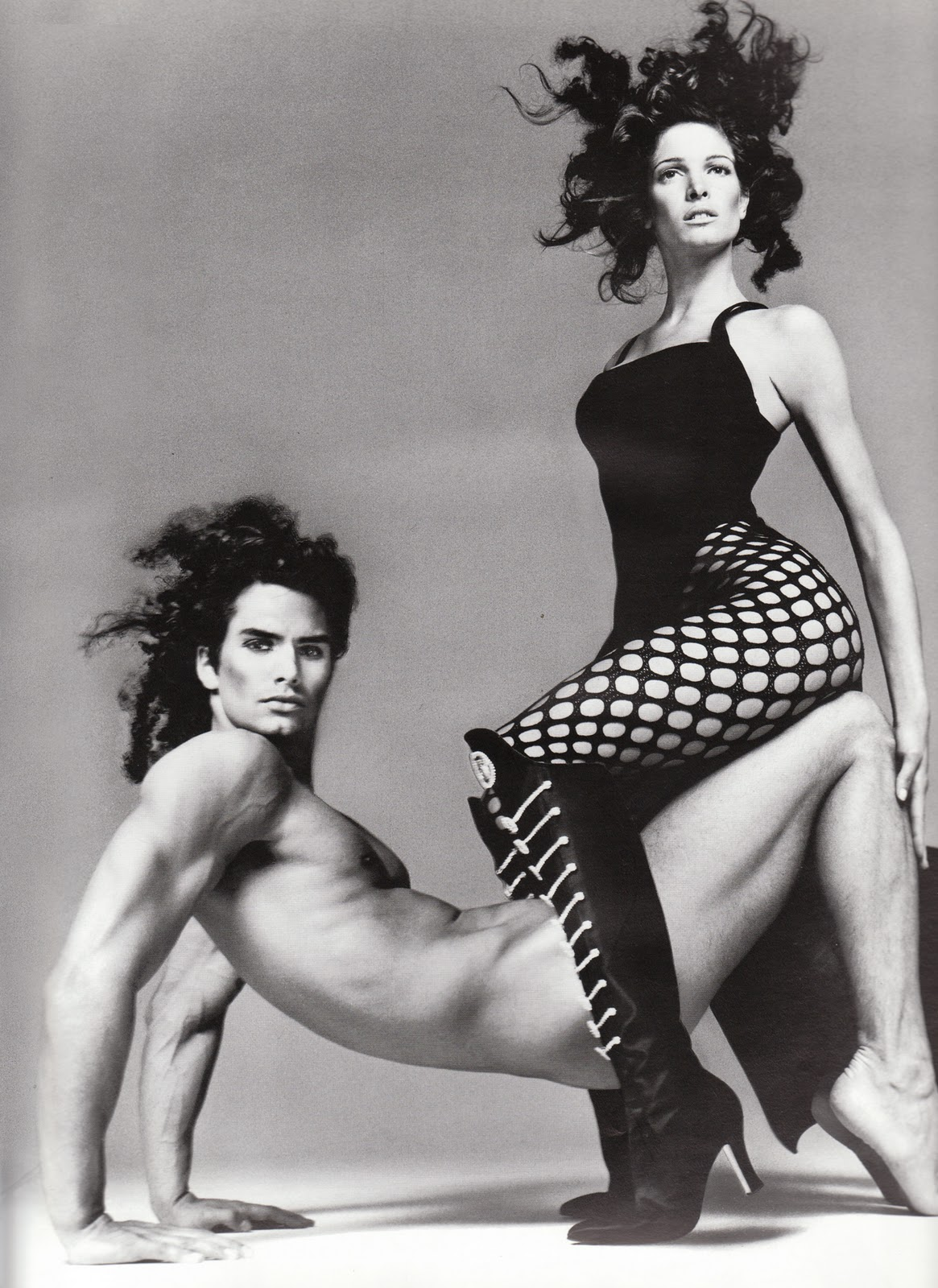WE__VERSACE-_Stephanie_Seymour_for_Versace_Fall_1993_by_Richard_Avedon._www.imageampilfied.com_Image_Amplified3