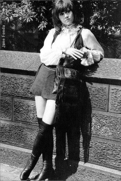 boots-jane-fonda-miniskirt