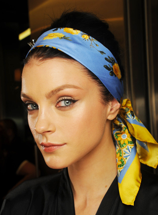 hair-styling-tips-for-the-spring-summer-2013-fashion-show-dolce-gabbana