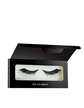 fake lashes by iliamasqua