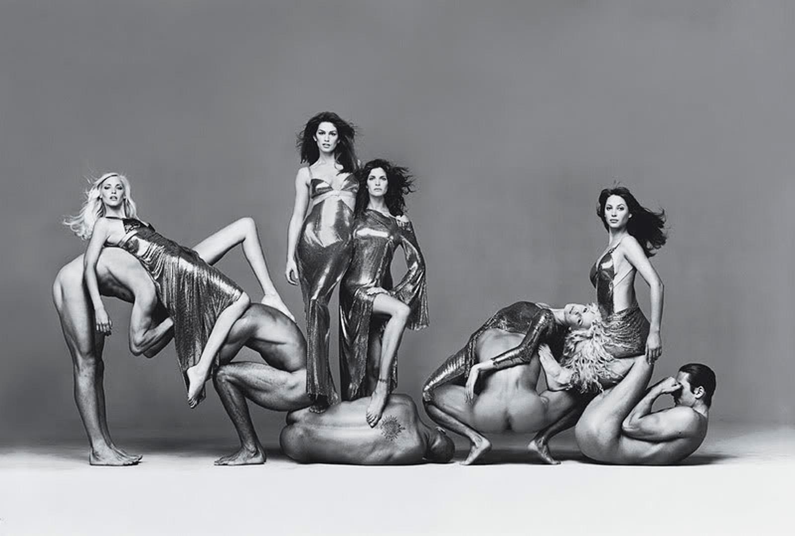 richard-avedon-versace-campaign-group-shot