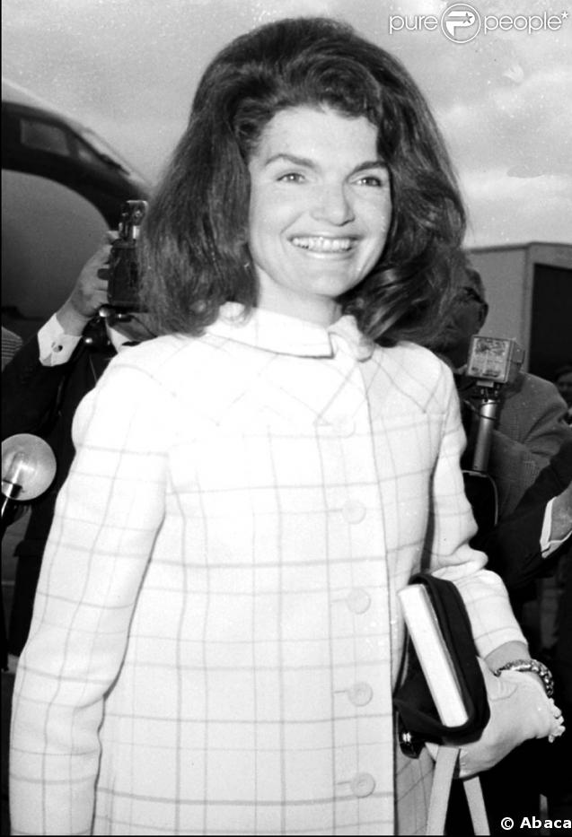 209428-jackie-kennedy-une-premiere-dame-qui-637x0-3