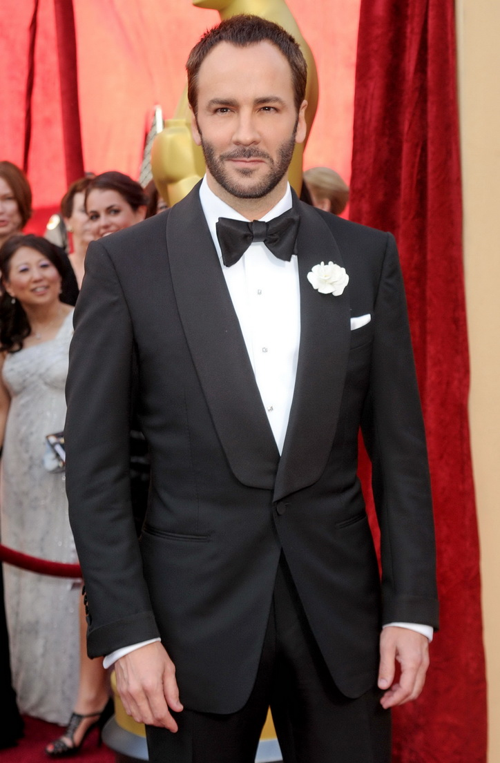 tom-ford-tuxedo-with-shawl-collar-cuffs-2010