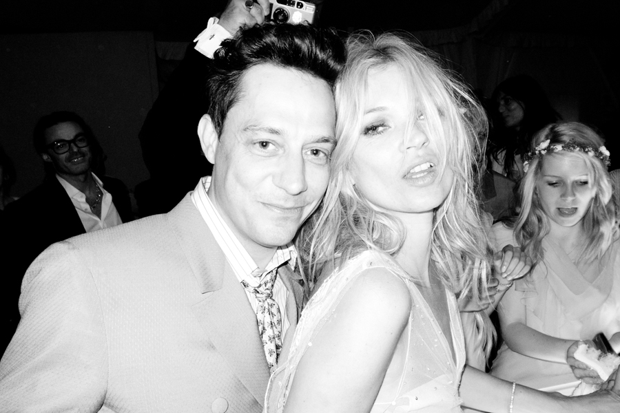 Inside-Kate-Moss-and-Jamie-Hince-Wedding-1