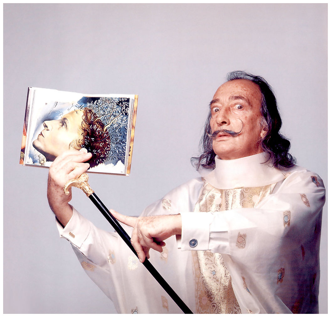 salvador-dali-1973-photo-francesco-scavullo