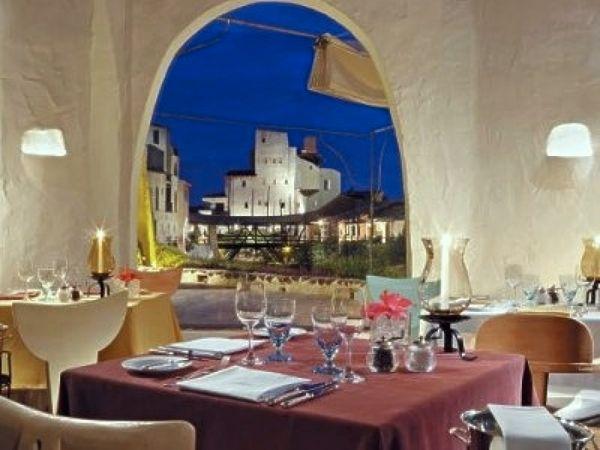 Cala di VOlpe restaurant