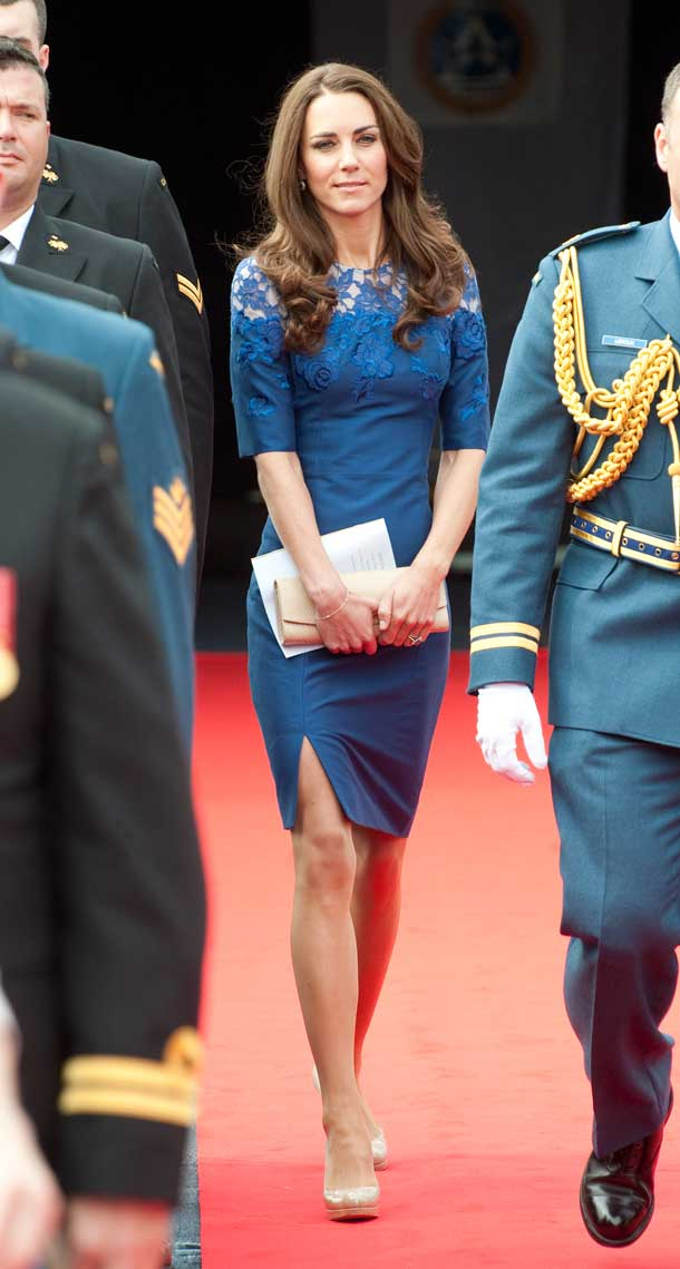 kate-middleton-blue-erdem-outfit-image-1-958470772