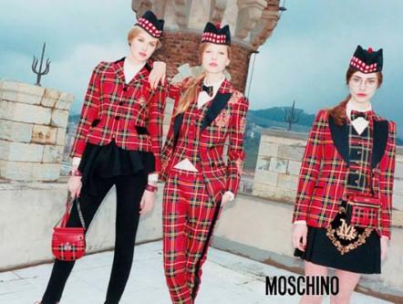 moschino_2606315a