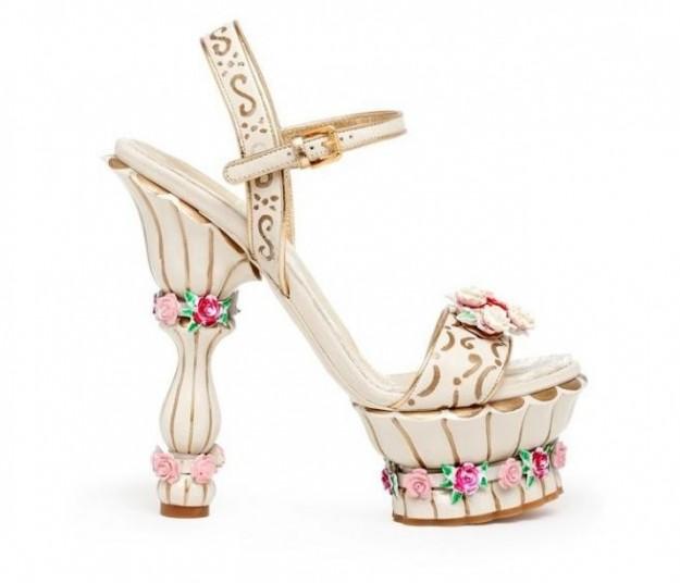 scarpe-bianche-barocche-dolce-gabbana