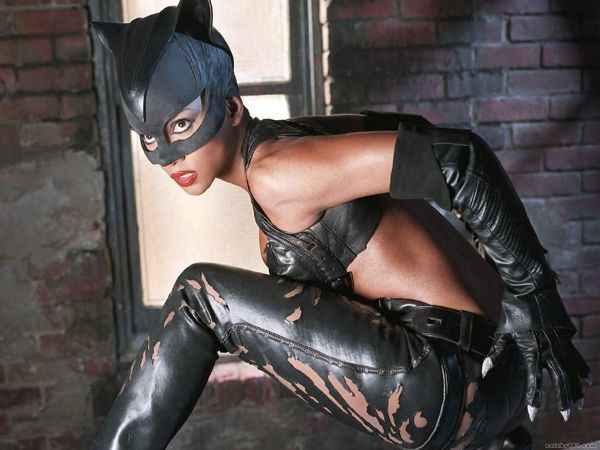 Halle-Berry-in-Catwoman