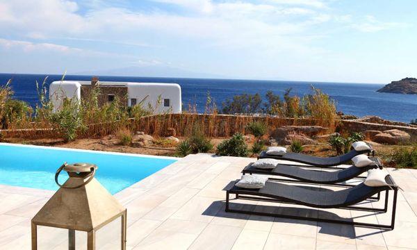 Luxury-Villa-Nora-Mykonos-Greece-sunbathing-chairs