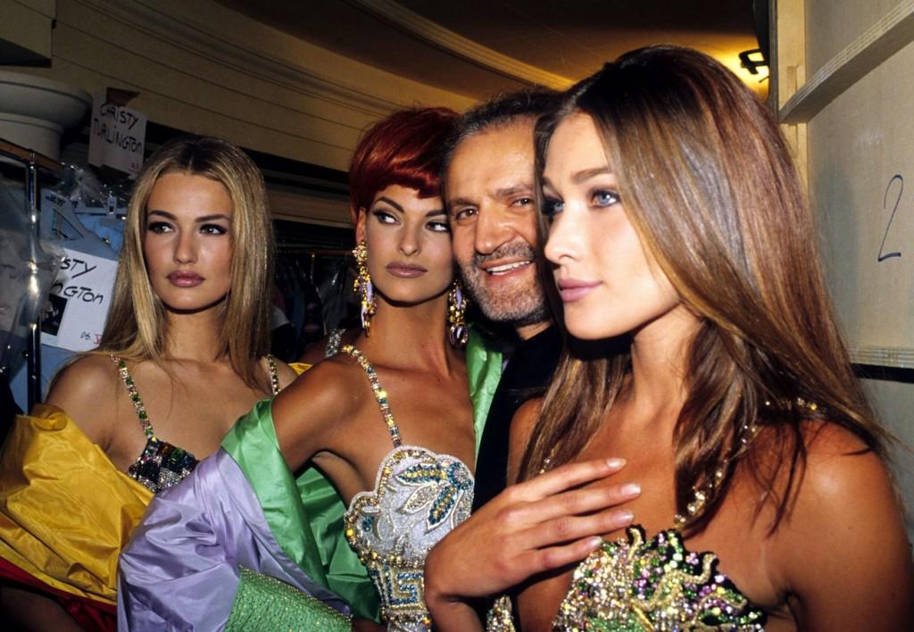 carla-bruni-memorable-fashion.sl_.33.carla-bruni-fashion-ss08-1024x708