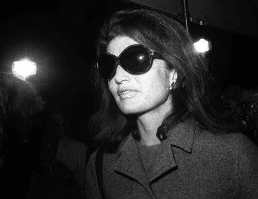 jackie-kennedy_sunglasses