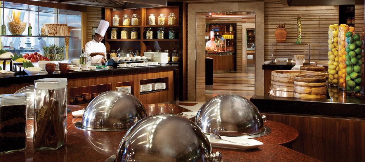 jumeirah-beach-hotel-restaurants-latitude-01-hero