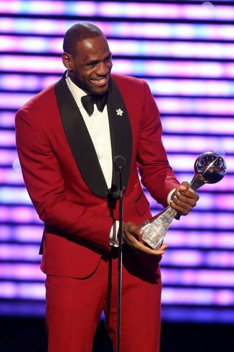 photos-best-dressed-list-2013.sw.33.ss12a-lebron-james-international-best-dressed-list-2013