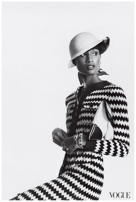 beverly-johnson-photographed-by-irving-penn-1973a1