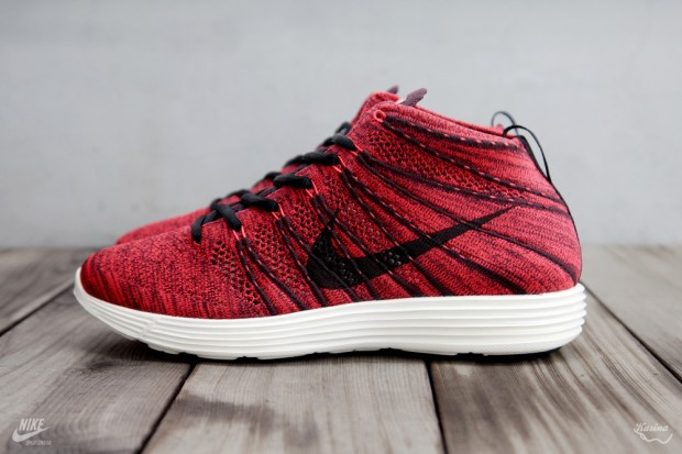 Nike-Lunar-Flyknit-Chukka-Fall-Winter-2013-Preview-02-620x413