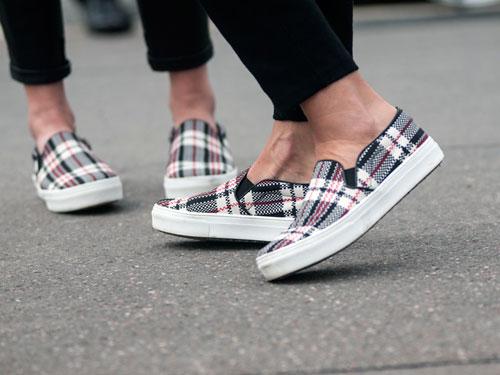 mcx-pfwss14-ss-day-5-Celine-sneakers-lgn
