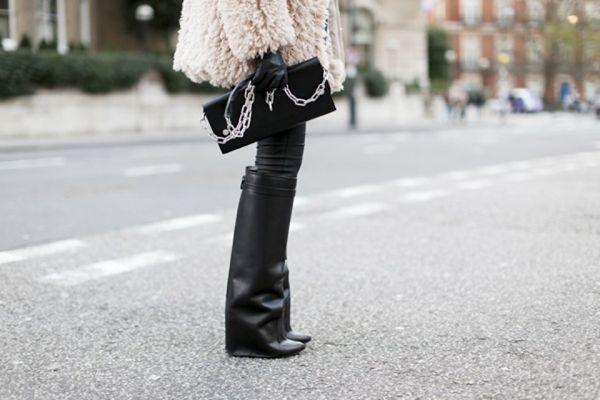 la-modella-mafia-model-off-duty-street-style-Winter-2012-2013-Givenchy-boots-960x600