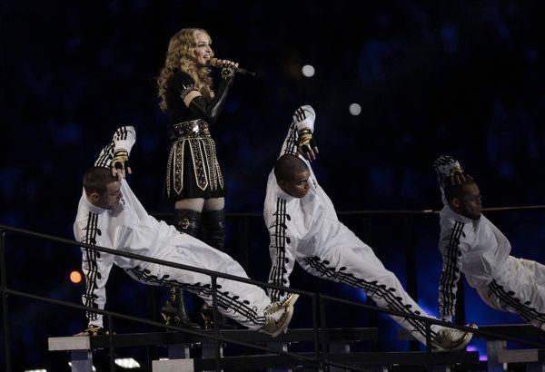 madonna-adidas-originals-music-tracksuits-jeremy-scott-01