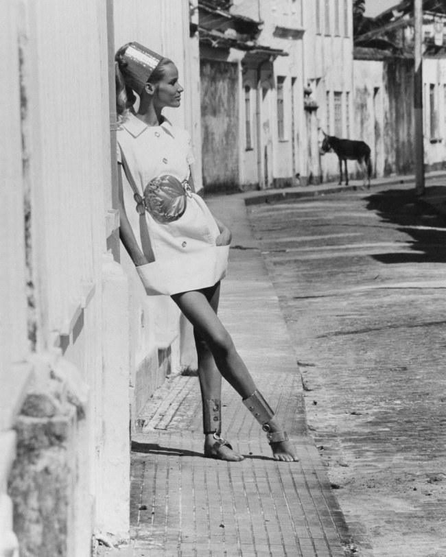 black-and-white-beauty-veruschka-models-a-white-mini-dress-with-aluminum-accessories-in-the-caribbean-1968