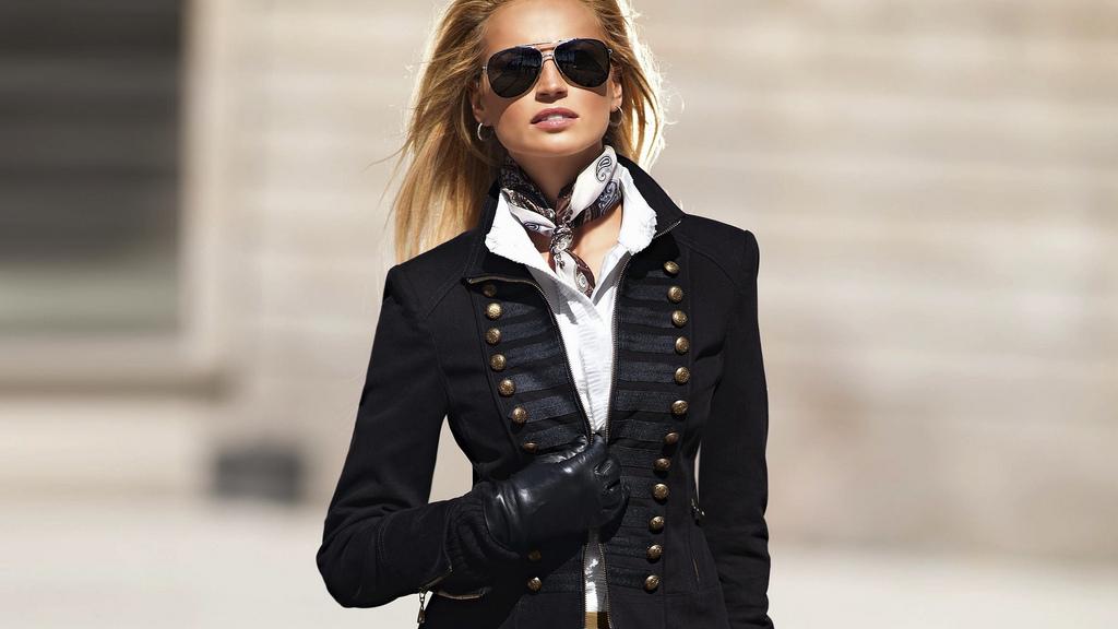 ralph-lauren-black-and-white-neck-scarf