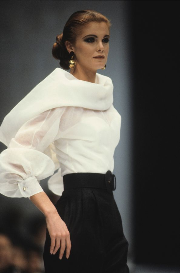 Sfilate 3 CLASSIC GLAMOUR,  autunno_inverno (F_W) 1990