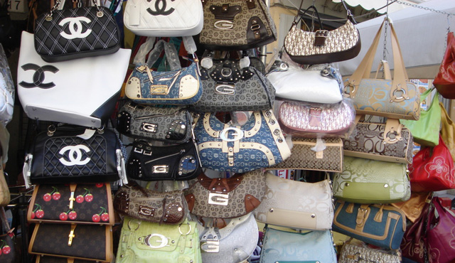 Illegal-Counterfeit-Handbags