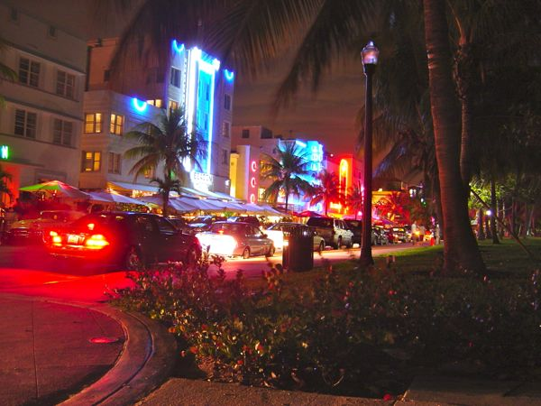 South_beach_miami_at_night