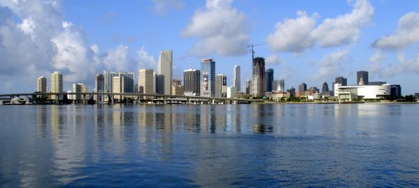 Miami-skyline-for-wikipedia-07-11-2007-by-tom-schaefer-miamitom