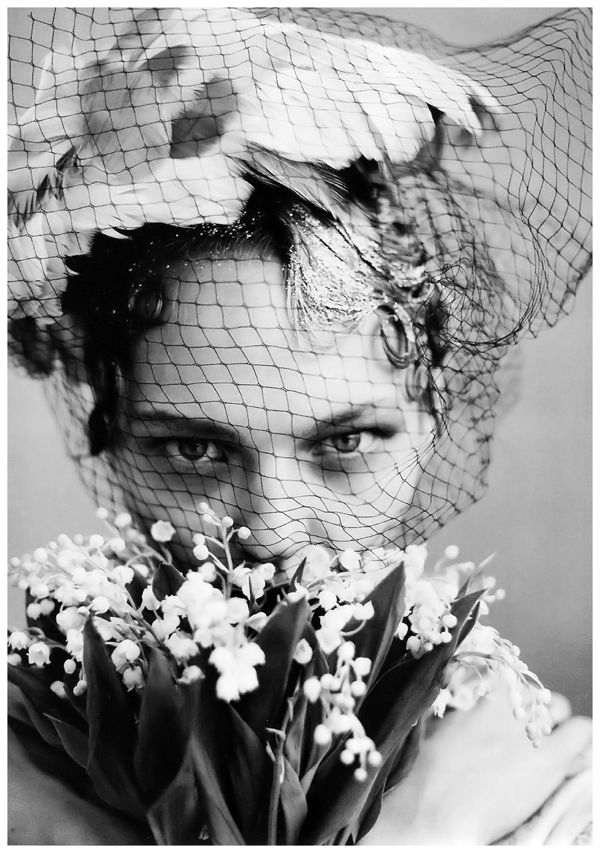 photo-arthur-elgort-sasha-pivovarova-vogue-us-june-2009-the-wedding-party