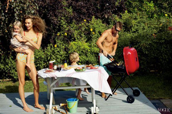 Karlie+Kloss+by+Arthur+Elgort+(Little+Pink+Houses+-+US+Vogue+November+2012)