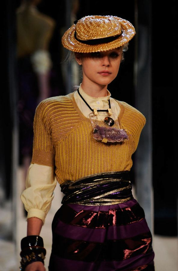 marc-jacobs-spring-09-mbfw-hat