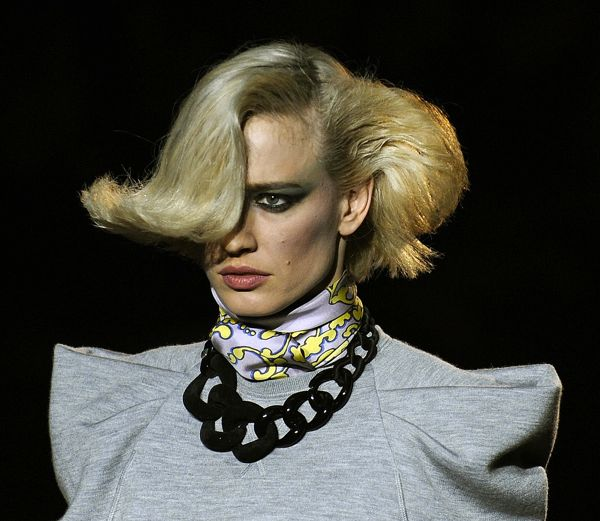 Marc-Jacobs-Fall-2009-Accessories-Report