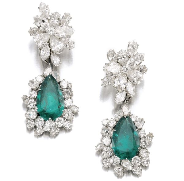 6TX49+-+Gina+L.+Pair+of+emerald+and+diamond+pendent+ear+clips%2C+Bulgari%2C+1964