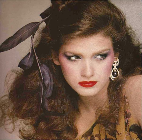 Gia+British+Vogue++April+1979-15
