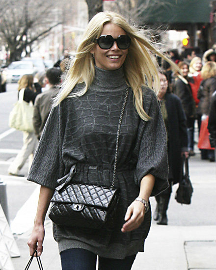 claudia-schiffer-and-chanel-255-flap-handbag-gallery