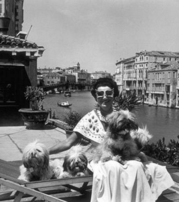 1948+Peggy+Guggenheim+a+Venezia