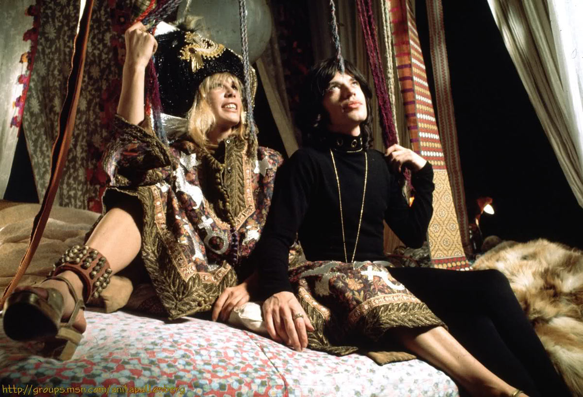 Anita-Pallenberg-This-month-style-icon-05