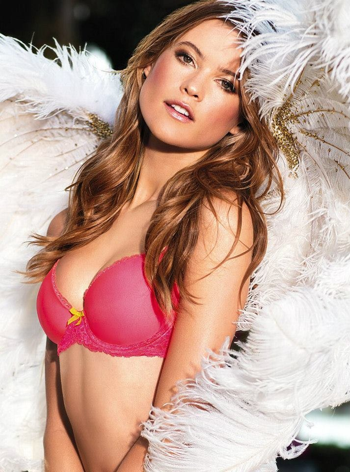 Behati-Prinsloo-Wallpapers-5