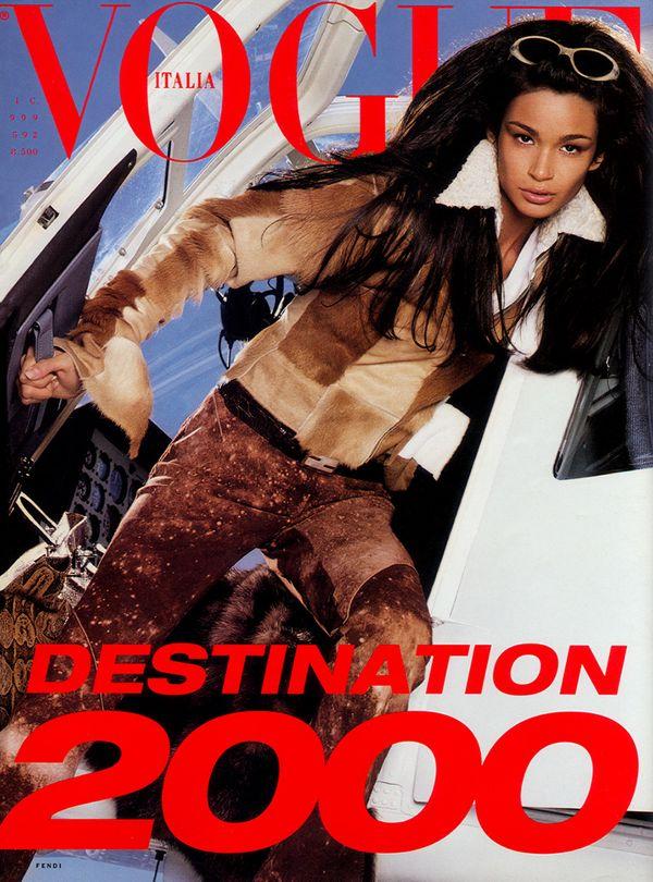 Caroline-Ribeiro-by-Steven-Meisel-for-Vogue-Italia-December-1999-cover