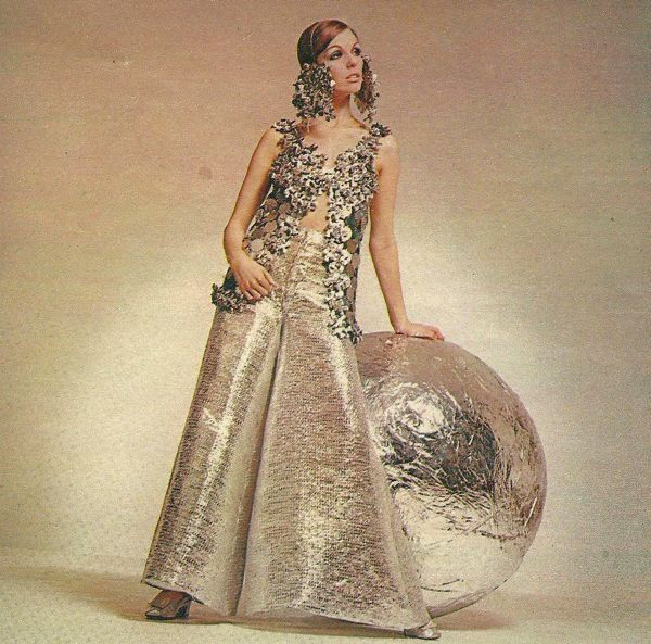 paco_rabanne_french_vogue_1969