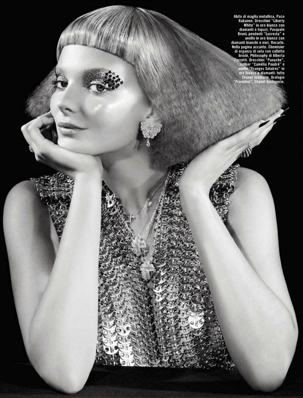 vogue-italia-october-2012-eniko-mihalik-glitter-david-dunan-2