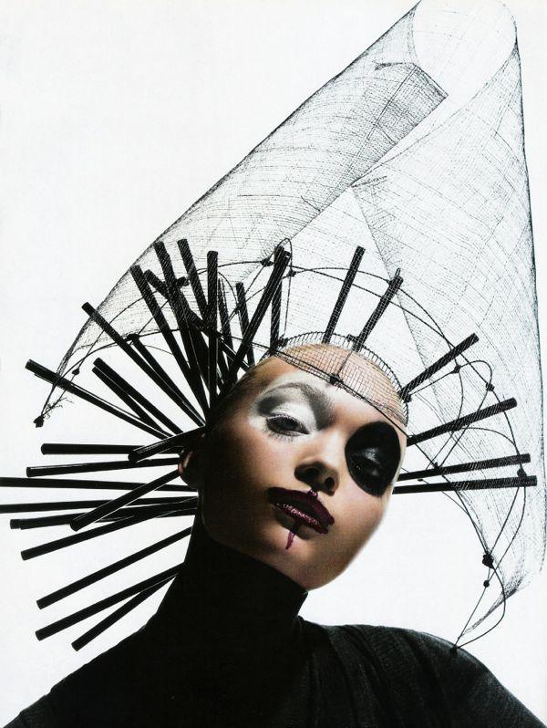 vogue-italia-july-2006-masquerade-by-mario-sorrenti-model-gemma-ward12