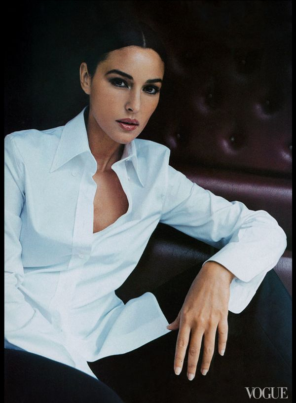 glamorous-italian-women-celebrated-on-vogue-us-glam-slam-04-monica-bellucci